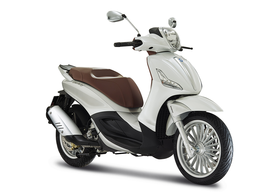 300 ccm Scooters