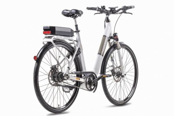 e-bike-2934F4BA2-456E-C190-6F19-B5CBB252A2EB.jpg
